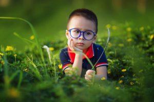 Czym charakteryzuje się wiedza czterolatka?