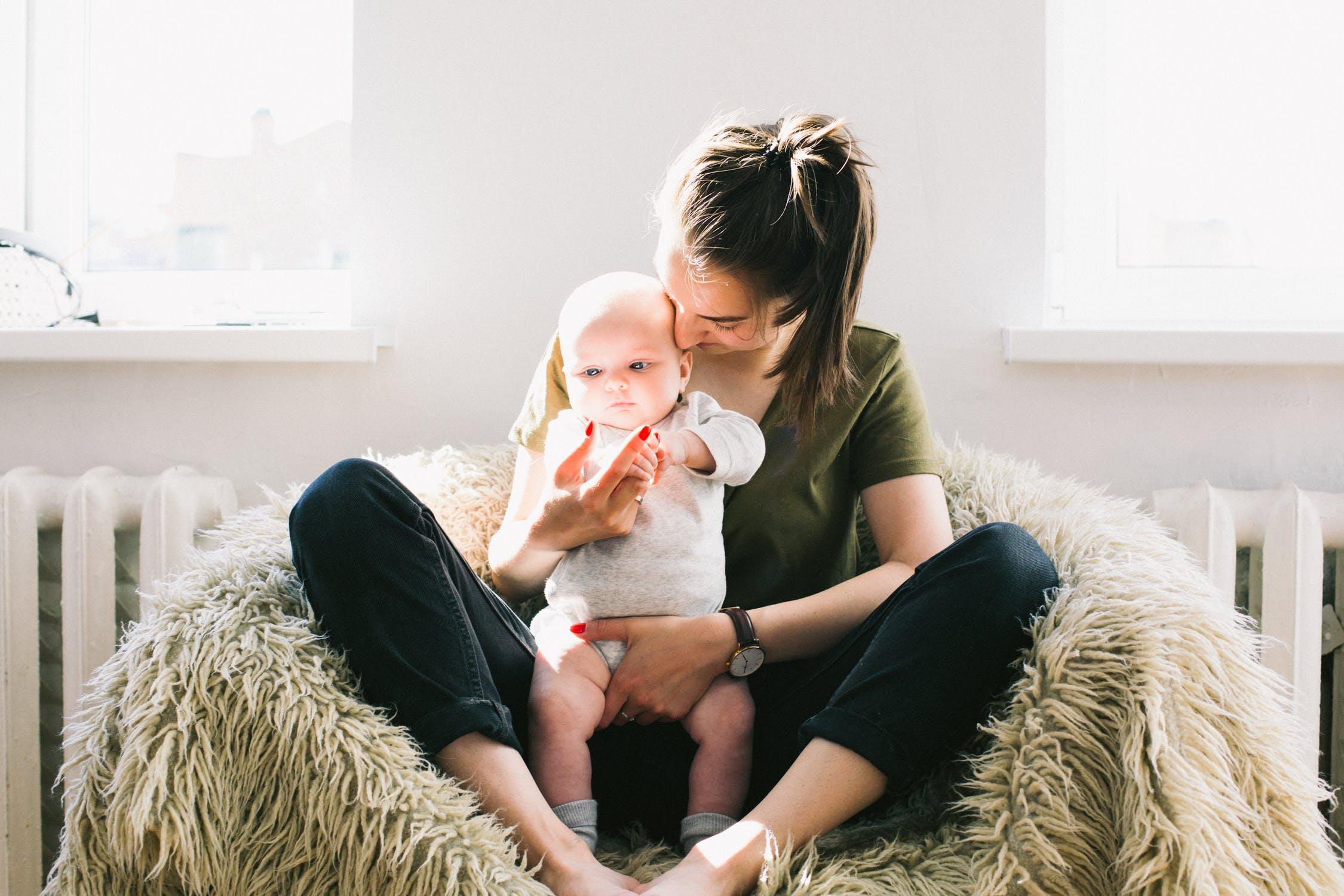 Mleko matki – dlaczego jest tak ważne dla dziecka?