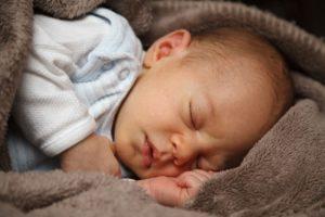 mleko matki a dziecko lepszy sen