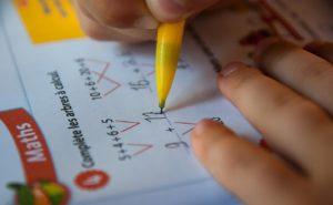 Jak pomóc dziecku w nauce matematyki