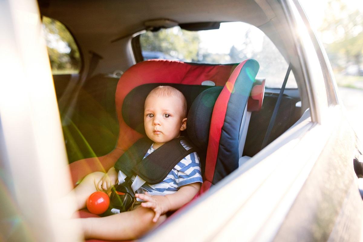 Jak wybrać i kupić nowy fotelik samochodowy?