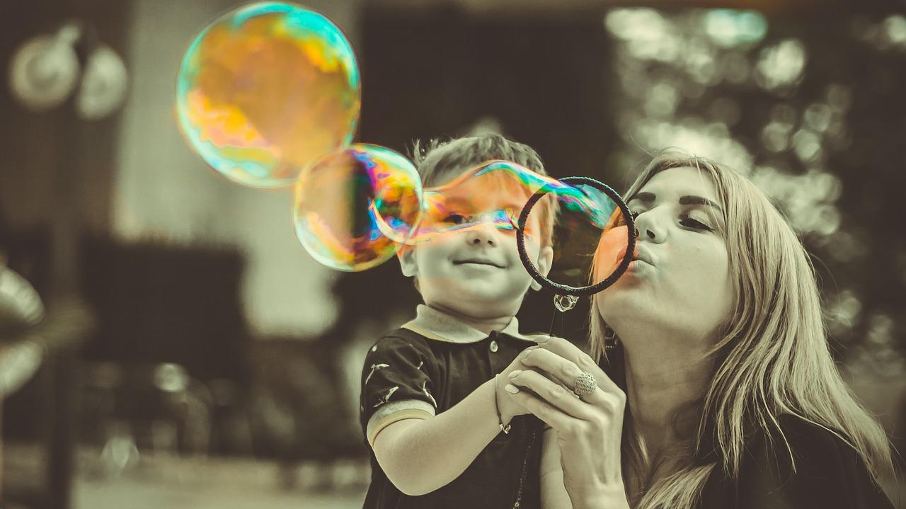 Nadopiekuńczość – Czyli jak zrobić z dziecka nieudacznika